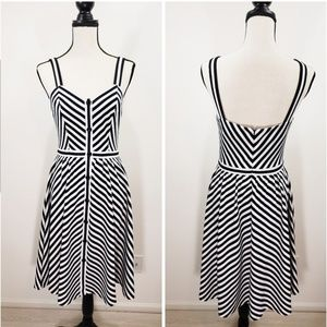 (NWT)Ava Mendes dress size S - brand new with tag